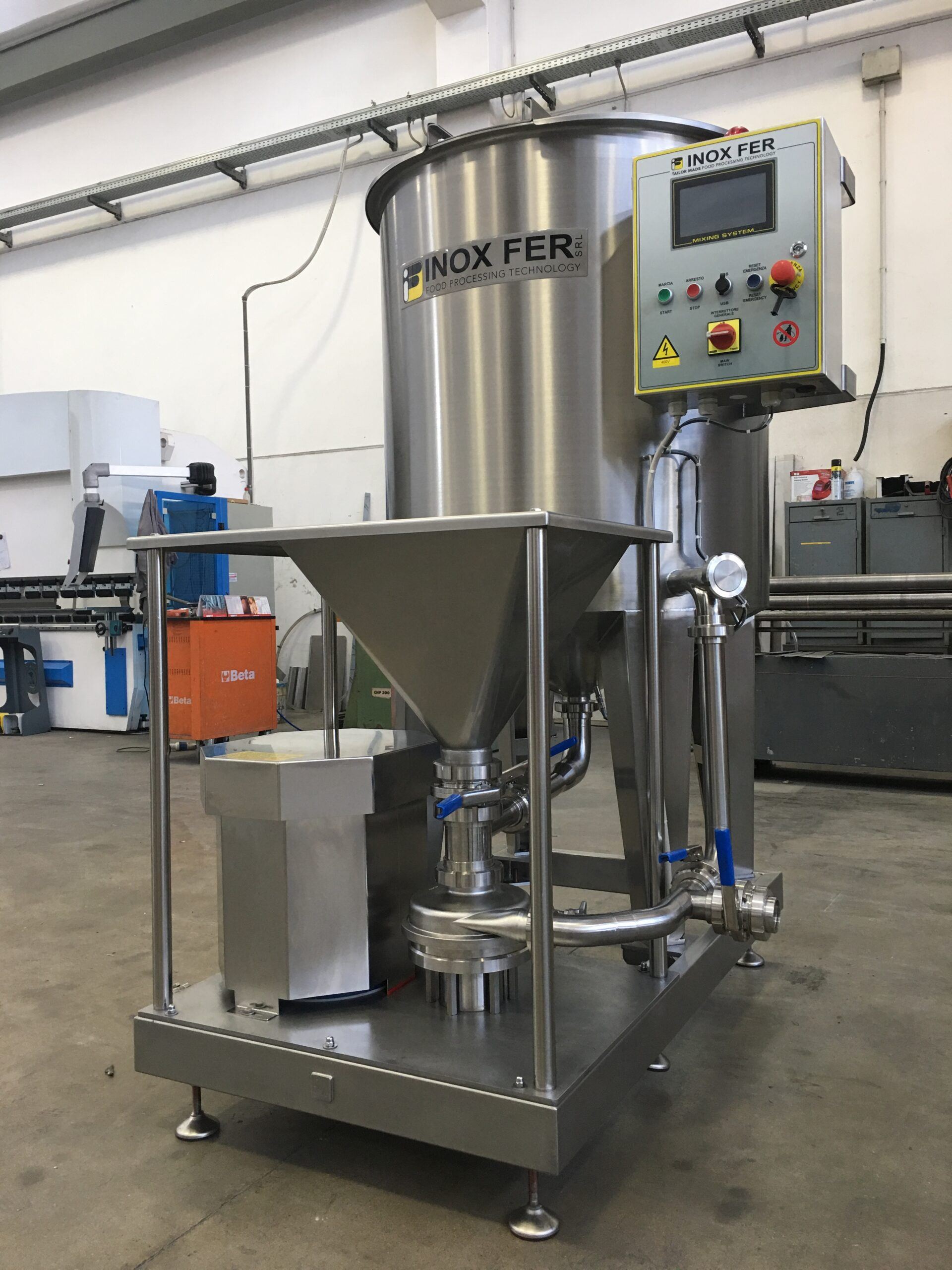 Mixer for hydro colloid production